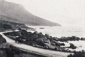 DES6 View of Oudekraal near Camps Bay showing Victoria Road with horse-drawn cart in foreground, 1895